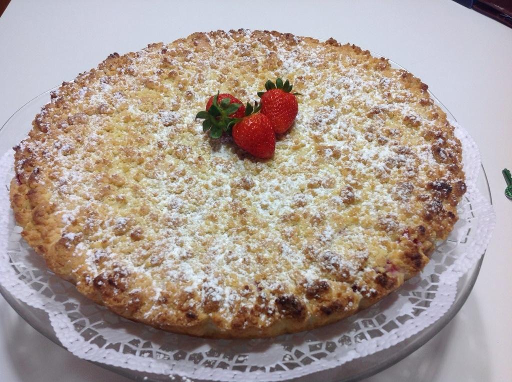 Crostata sbriciolata ricotta e fragole in cucina con lilly - Cucina con misya ...